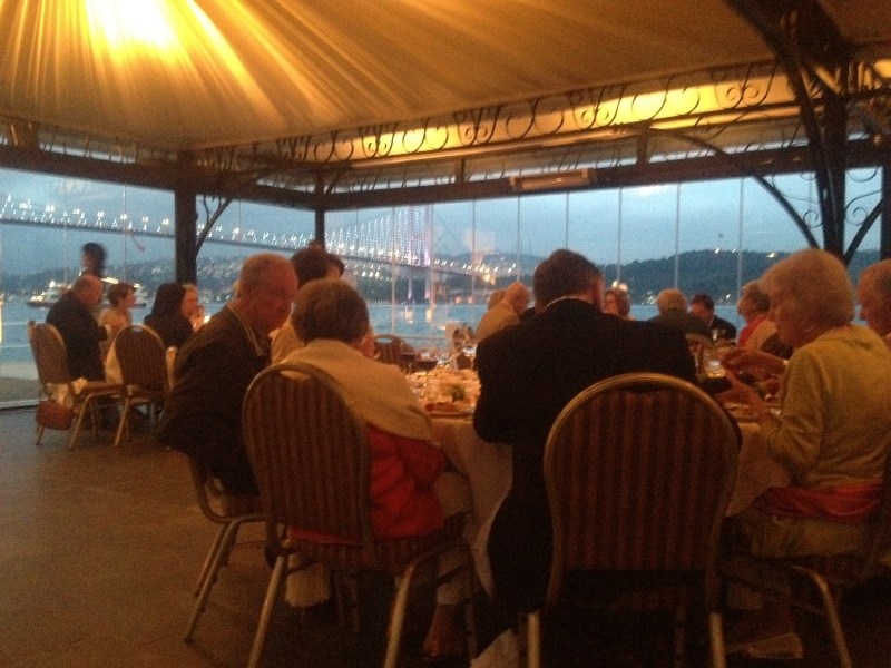 Vanguard Travel Services organized a fabulous night for guests of First Presbyterian Church of Houston. Under starlit sky, adorned with splendid views of Bosphorus Bridge, guests of FCP of Houston enjoyed a beautiful night.